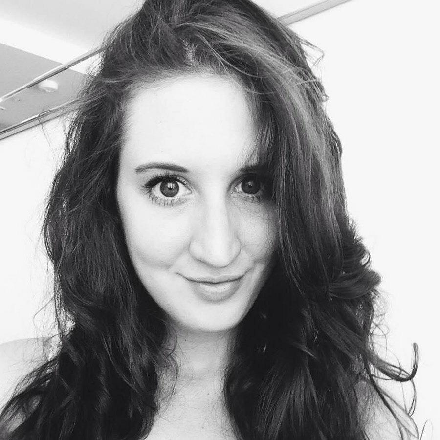 Лена, 22, хочет познакомиться, в г.Ереван