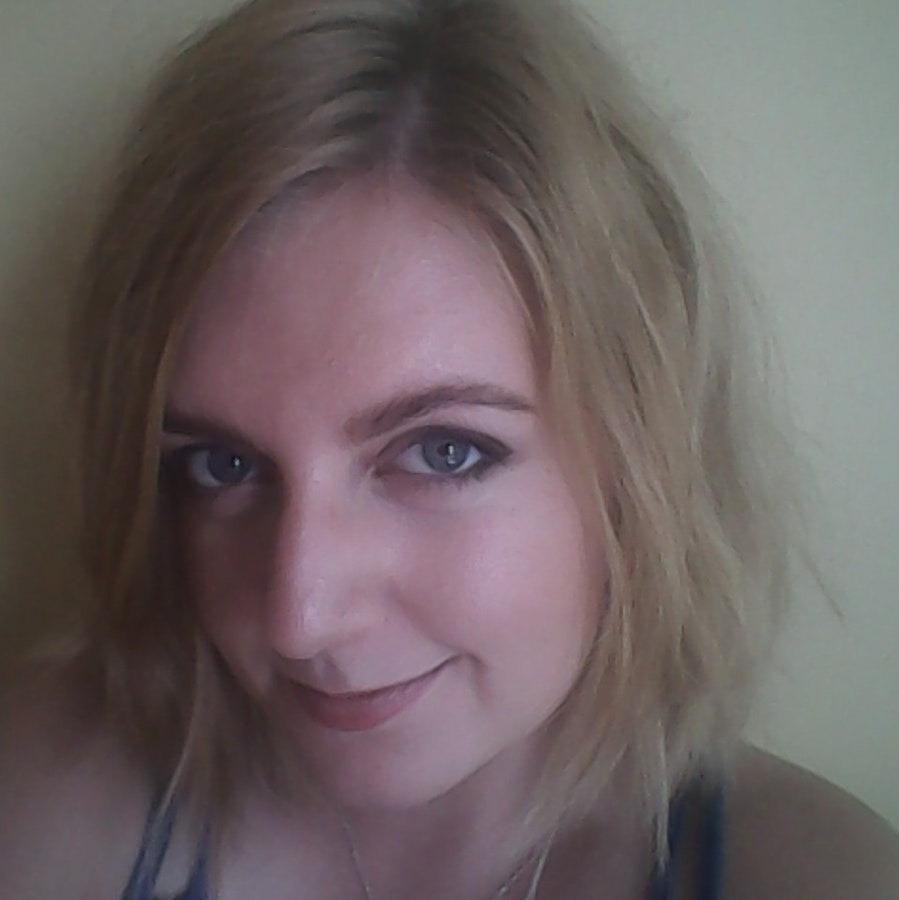 Алиса, 24, хочет познакомиться, в Омске