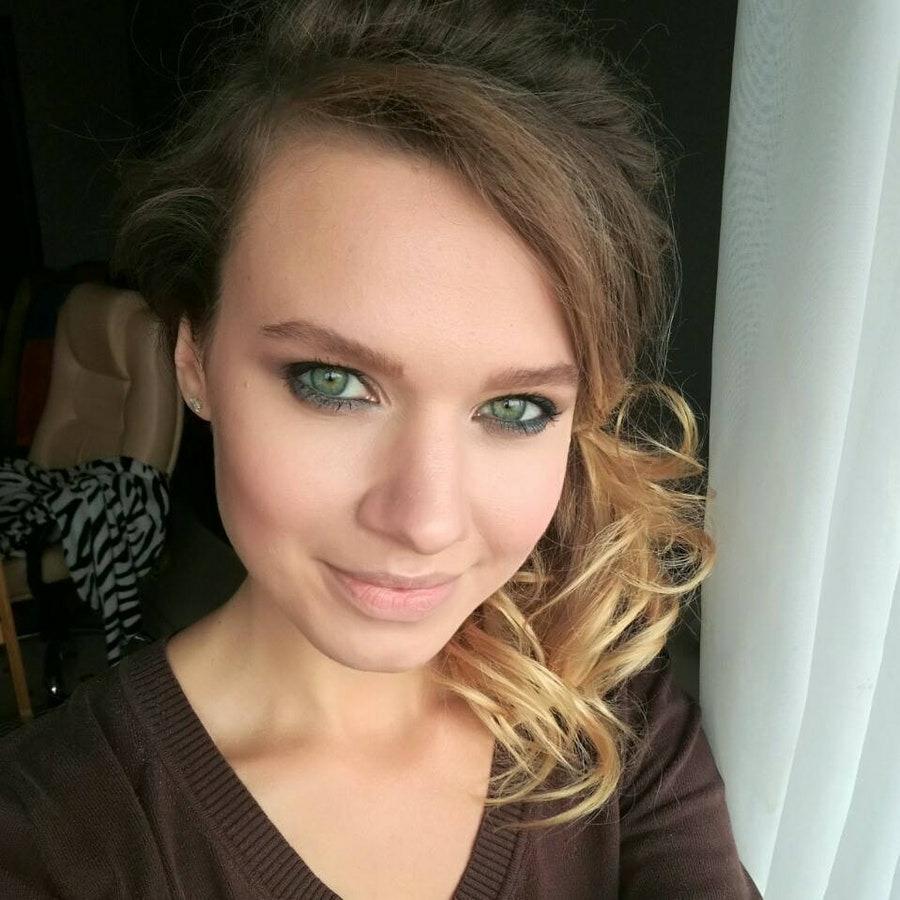 Аделина, 23, хочет познакомиться, в г.Талдыкорган