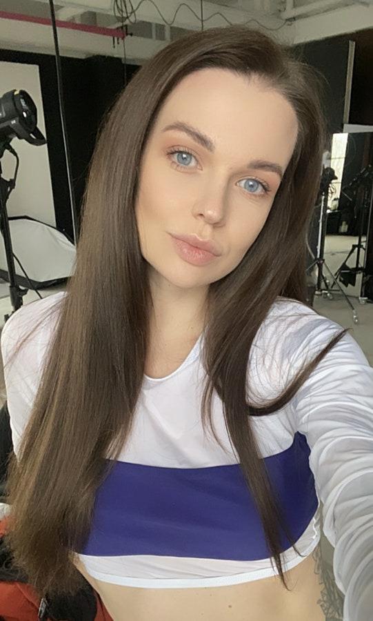 Лидия, 20, хочет познакомиться, в Москве