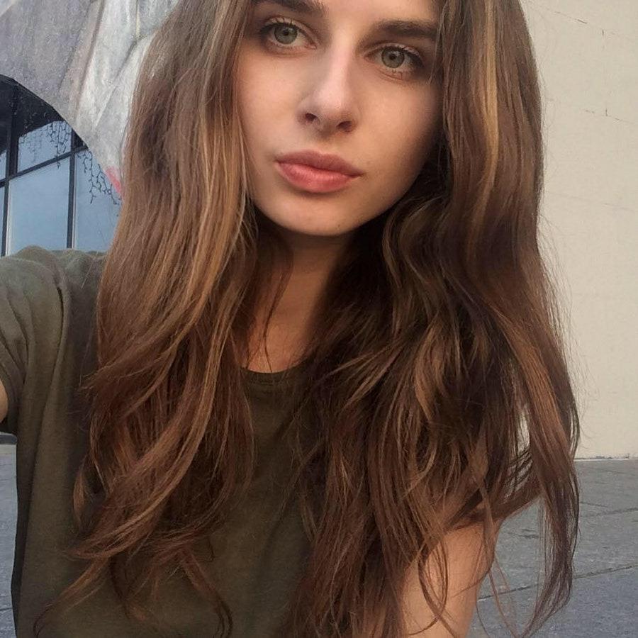 Мира, 20, хочет познакомиться, в г.Баку